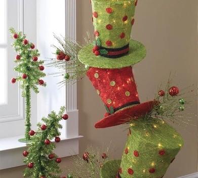 Peque os arboles de navidad con sombreros de copa - Arboles de navidad pequenos ...