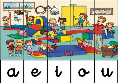 puzzle de VOCALES EN GIMNASIO DEL COLEGIO