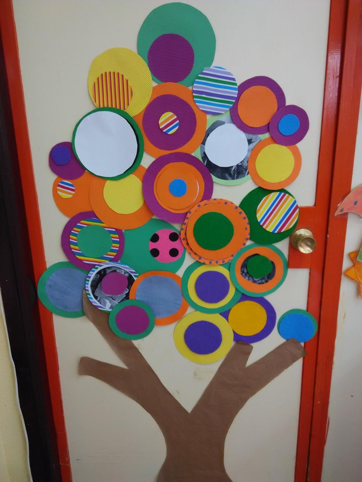 Puertas primavera 1 orientaci n and jar recursos for Puertas decoradas para guarderia