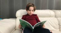 """Hoy nos ha llegado """"De mayor quiero ser feliz:6 cuentos cortos para potenciar la positividad y autoestima de los niños"""" de Anna Morató García. A nuestro Luca le ha encantado."""